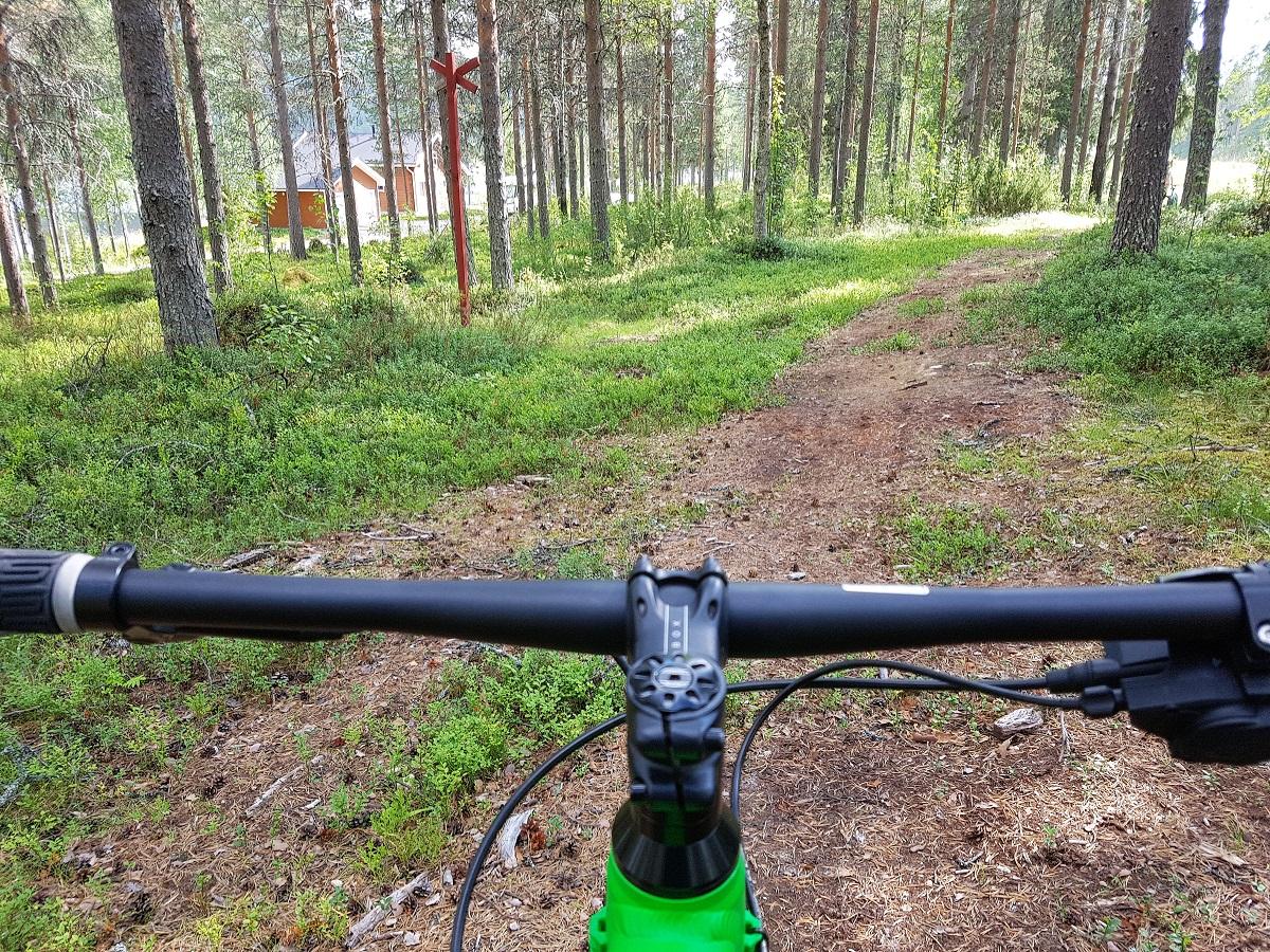 fietsen op een fatbike in salla finland